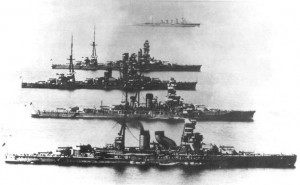 An impressive photo with Hyuga, kirishima, Nagato and Ise battleships.