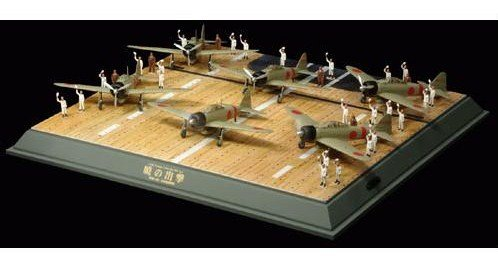 Akagi Deck with 6 zero planes and crew  at 1/100 scale
