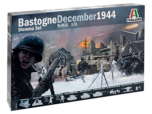 Bastogne battle diorama with Sherman tanks at 1/72 scale by Italeri.