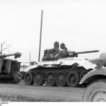 Credit: Bundesarchiv Bild 101I-457-0065-36, Russland. Panzer VI (Tiger I) and T34